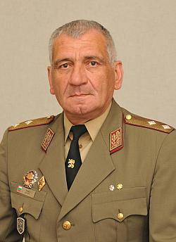 Командирът на Сухопътни войски ген. Андрей Боцев: Несправедливи са проектите за модернизация на БА