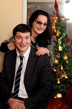 Анна Заркова: Изненада ме, че синът ми влезе в политиката - пишеше сатири за нея