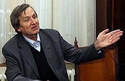 Акад. Георги Марков: Не разбирам защо САЩ унищожават българската армия