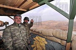 Турция ухажва военните за сметка на бедните