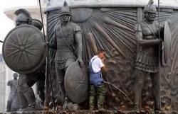 Скопие: Европейската столица на кича